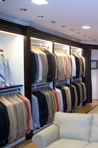 Suitwall.jpg